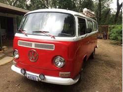 Images of Volkswagen Kombi Type 2 (T2)