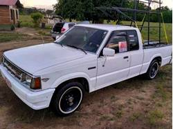 Images of Mazda B2000