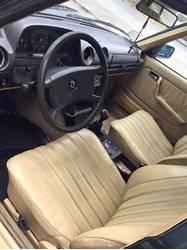 Images of Mercedes Benz 300D