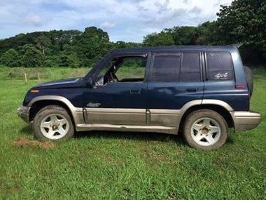 Picture of Suzuki Sidekick