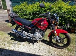 Images of Yamaha YBR125