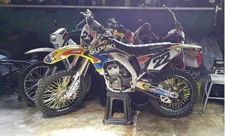 Images of Suzuki RM-Z250