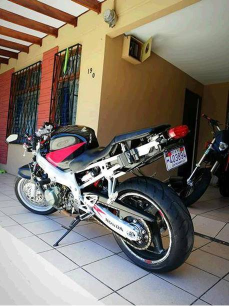 Images of Honda CBR600F