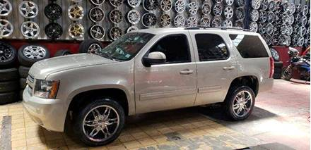 Images of Chevrolet Tahoe