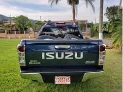 Images of Isuzu D-MAX