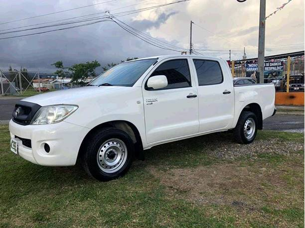 Images of Toyota Hilux