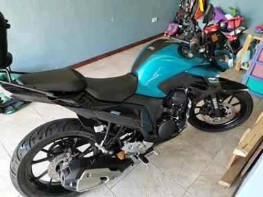 Picture of Yamaha FZ 250