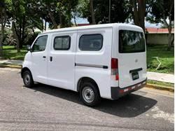 Images of Daihatsu Gran Max