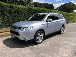 Images of Mitsubishi Outlander