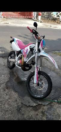 Yamaha DT200WR